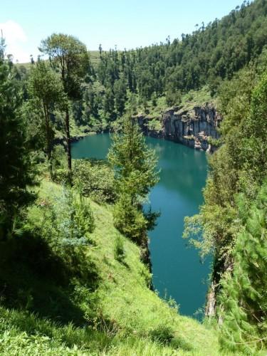 1-4 le lac Tritriva.JPG